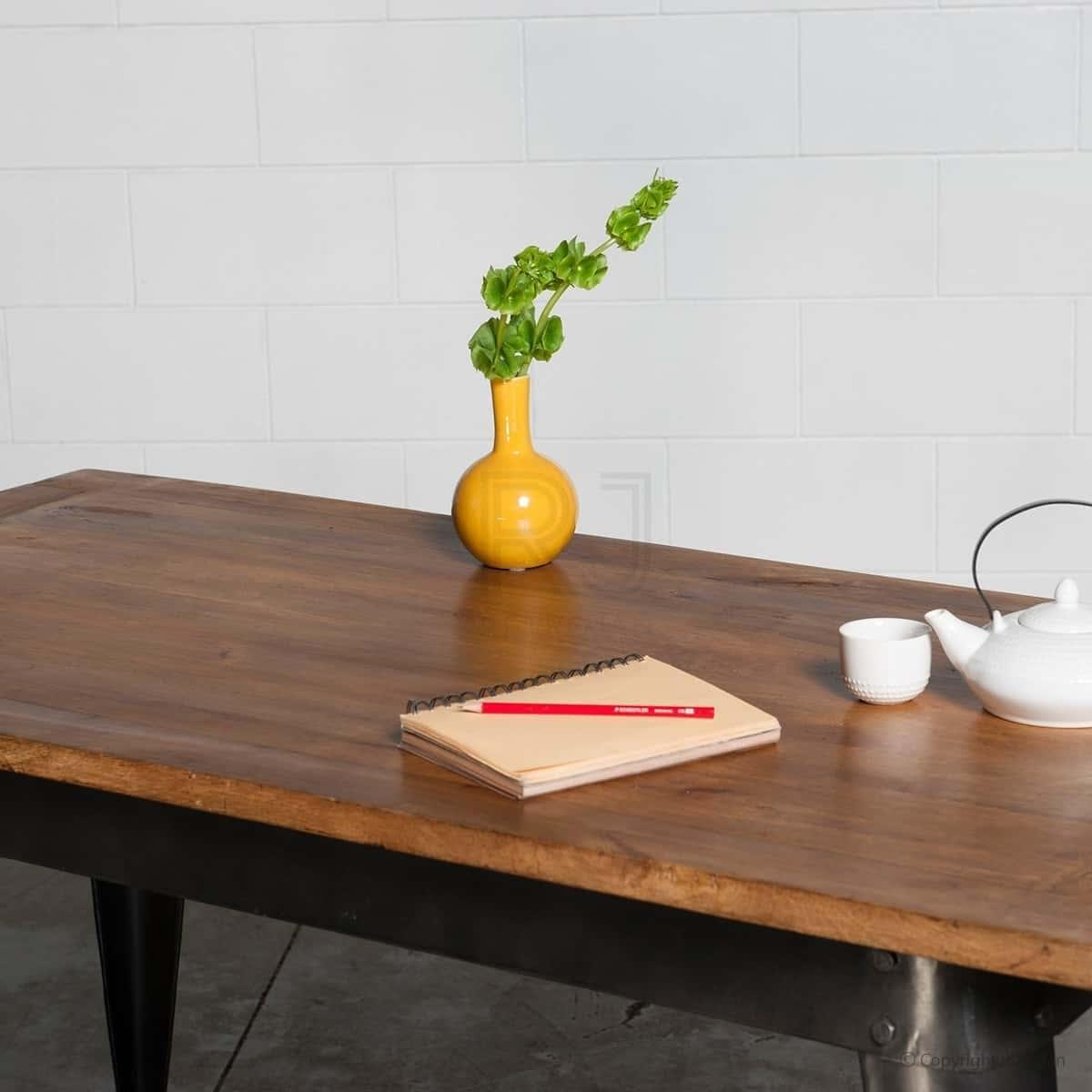 Retro Nash Table - Black (Hand made, Solid wood)