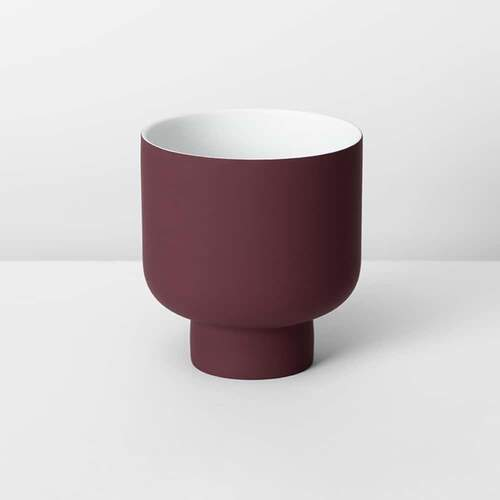 Fergus Medium Planter - Wine