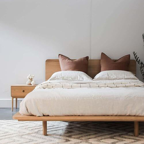 Serene Queen Bed - Oak